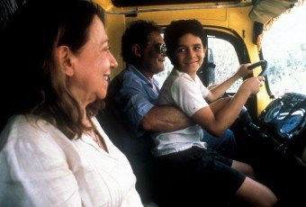 CENTRAL STATION, (aka CENTRAL DO BRASIL), Fernanda Montenegro, Vinicius de Oliveria, 1998, (c) Sony Pictures Classics