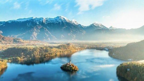 blue lake mountain