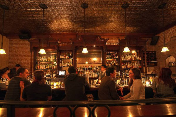 cool-nyc-cocktail-bars-clover-club