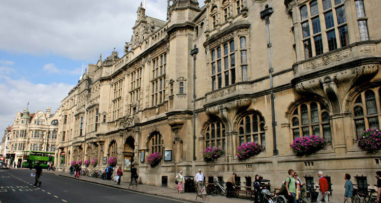 where-to-stay-in-oxford