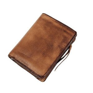 travel-gift-ideas-for-men-wallet