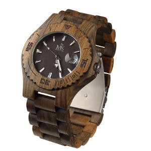travel-gift-ideas-for-men-watch