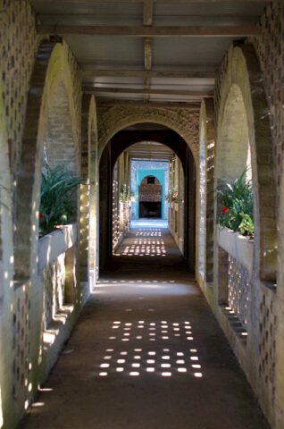 The foreboding feeling of Atalaya disappears once you are inside the courtyard.