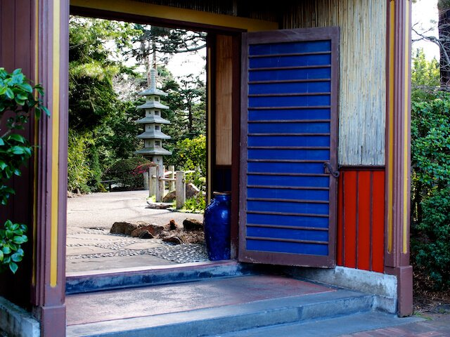 Japanese tea garden san francisco blue door