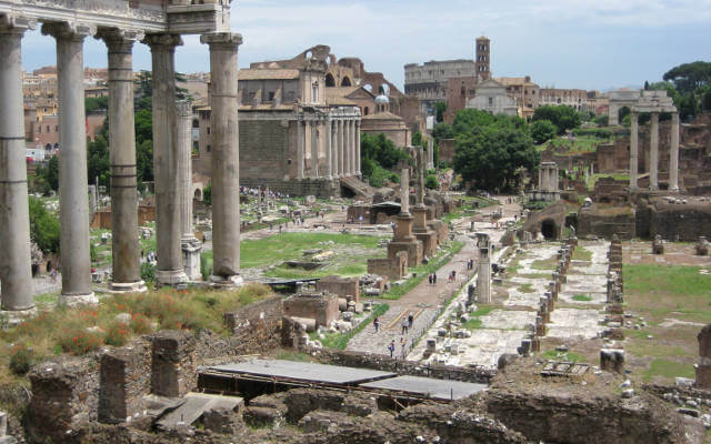 best-things-to-do-in-rome-roman-forum