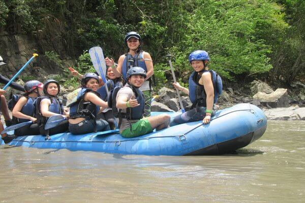 things-to-do-in-colombia-water-rafting