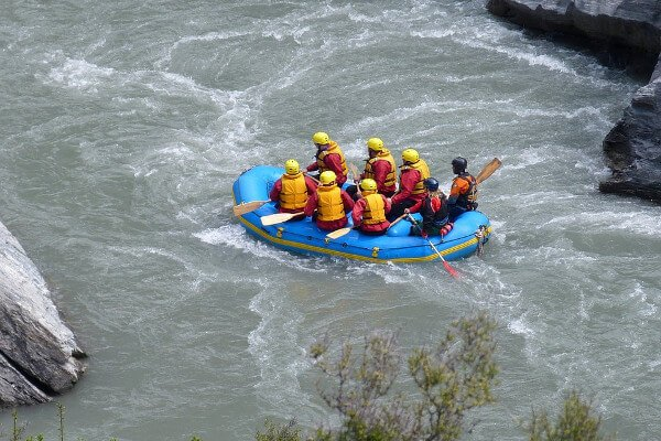 best-things-to-do-in-new-zealand-rafting