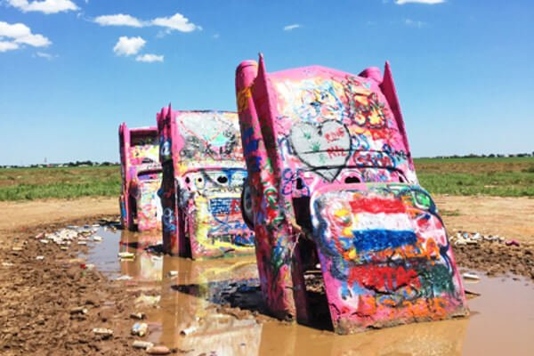 five-quirky-things-us-cadillac-ranch
