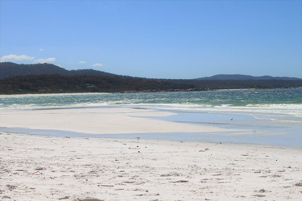 things-to-do-in-tasmania-binalong-bay