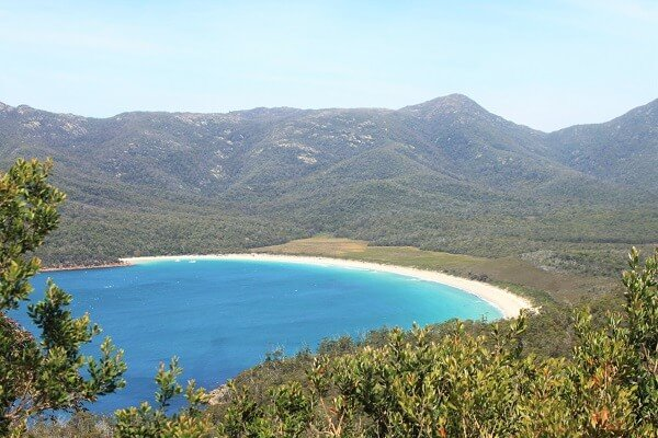 things-to-do-in-tasmania-wineglass-bay
