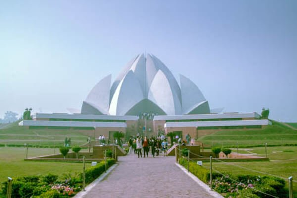 10-ways-to-explore-delhi-lotus-temple