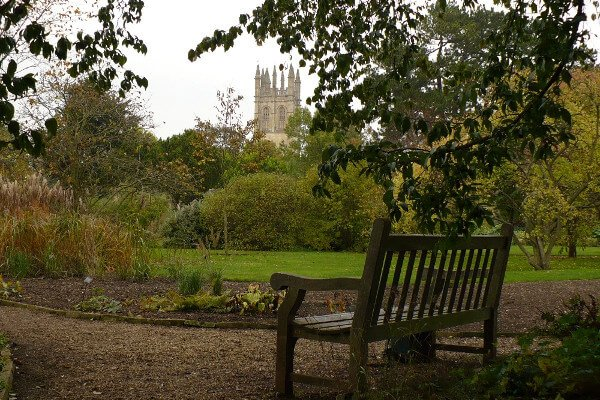 five-fun-historical-places-in-oxford-botanic-garden