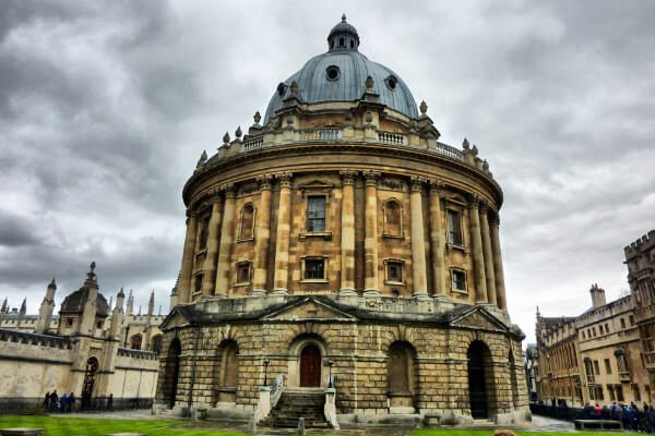 five-fun-historical-places-in-oxford-radcliffe-camera