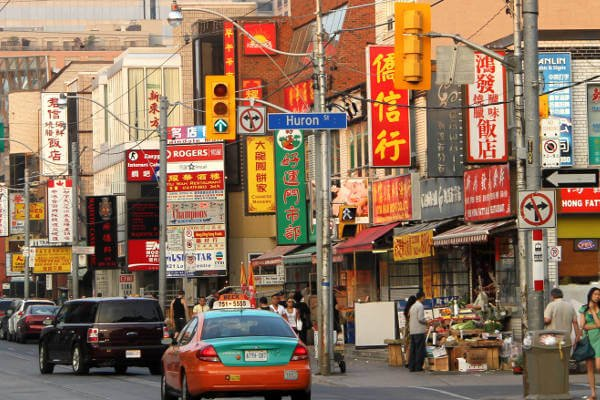 things-to-do-in-toronto-china-town