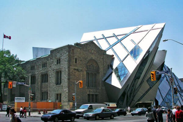 things-to-do-in-toronto-royal-ontario-museum