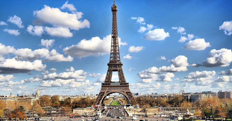 unique-attractions-to-see-in-paris-header