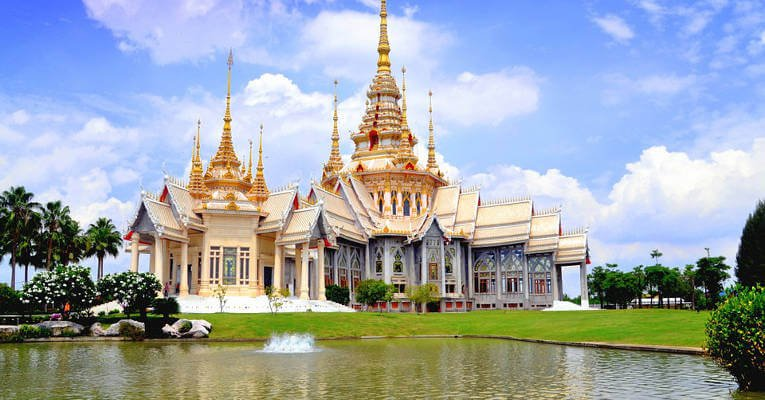 10 Places You Must Visit When Traveling Around Thailand