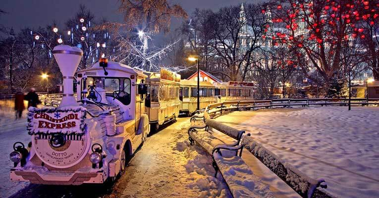 The 8 Best Christmas Travel Ideas 2017