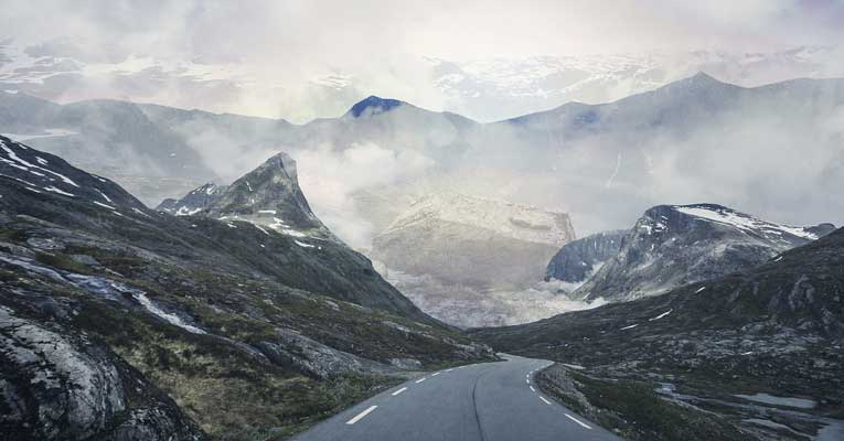 Road-Trips-in-Norway