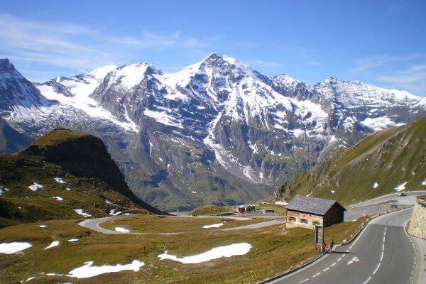 best-motorcycle-road-trips-in-the-alps-grossglockner-hochalpenstrasse