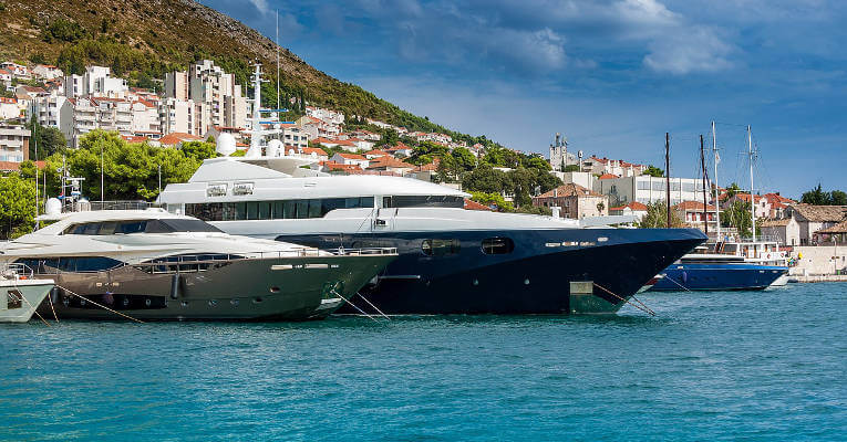 Top Tips For Chartering A Boat In Croatia