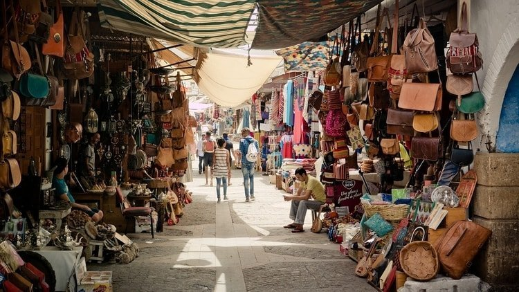 How to Navigate the Souks in Marrakech | Staying Safe In Moroccan Markets
