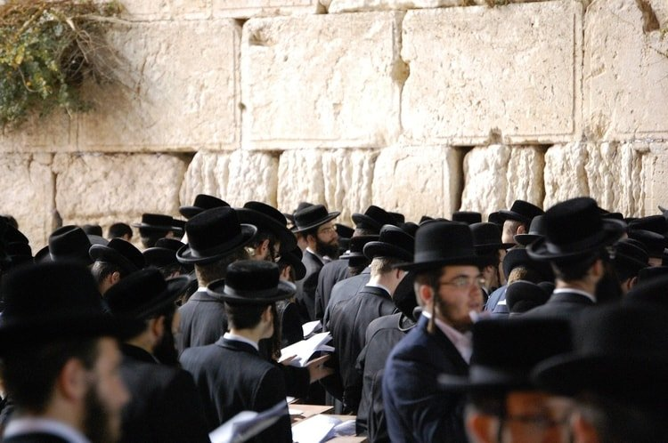 Understanding Shabbat: How Israel's Holy Day Can Affect Your Travel Plans